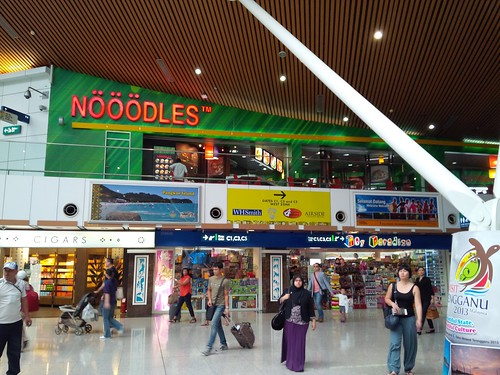 The Noeoenoedles Stall at KLIA