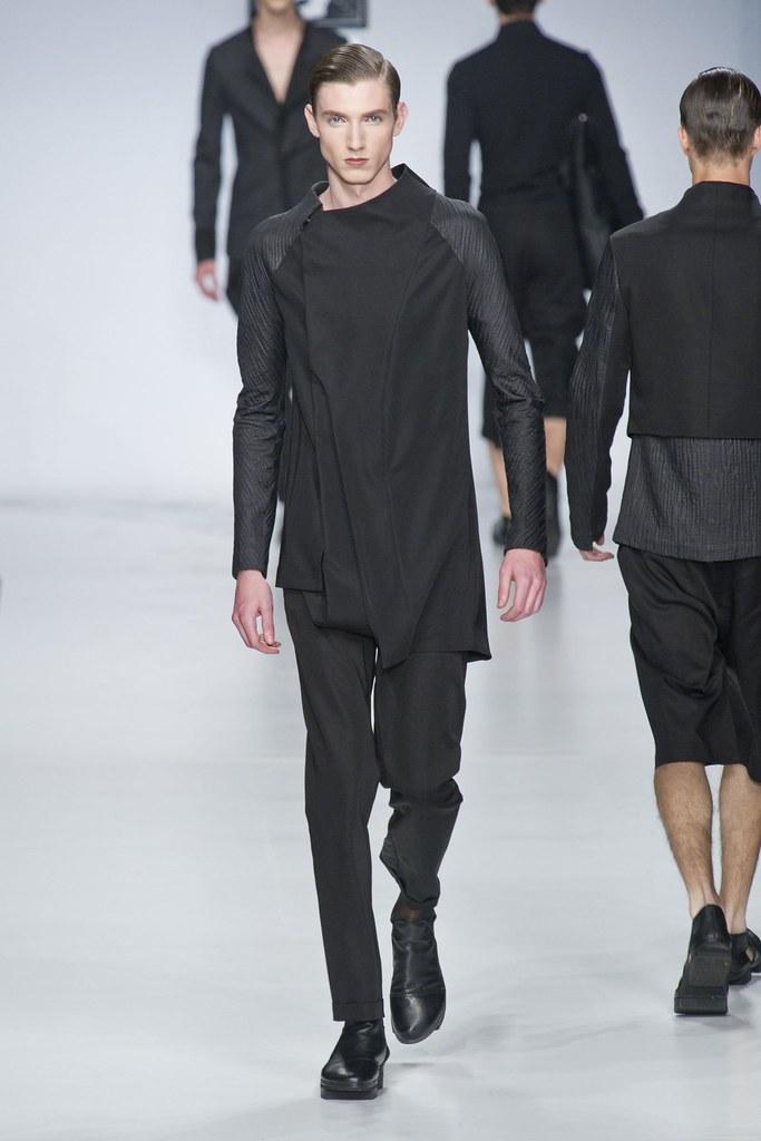 SS14 Milan Ji Wenbo035_Johannes @ 2morrow Milan(fashionising.com)