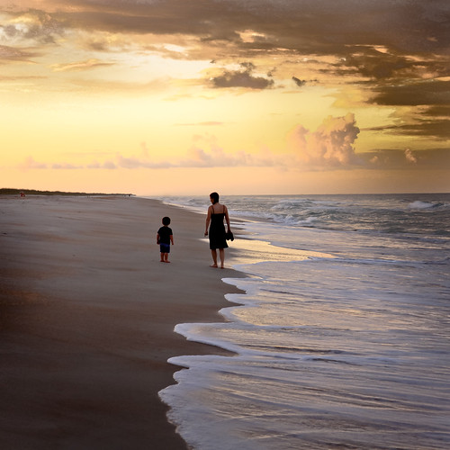 ocean sunset people seascape beach landscape evening sand surf waves florida walk atlanticocean staugustine momandson dpssunset