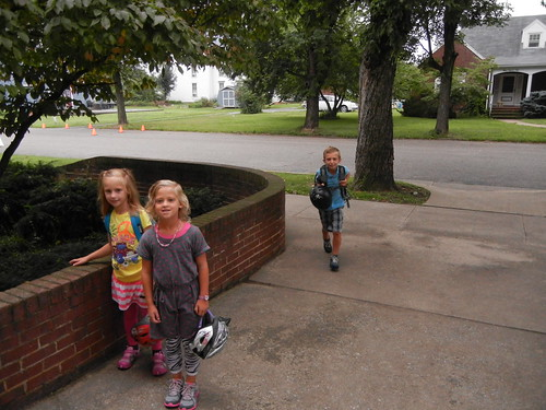 Aug 20 2013 First day of school (12)