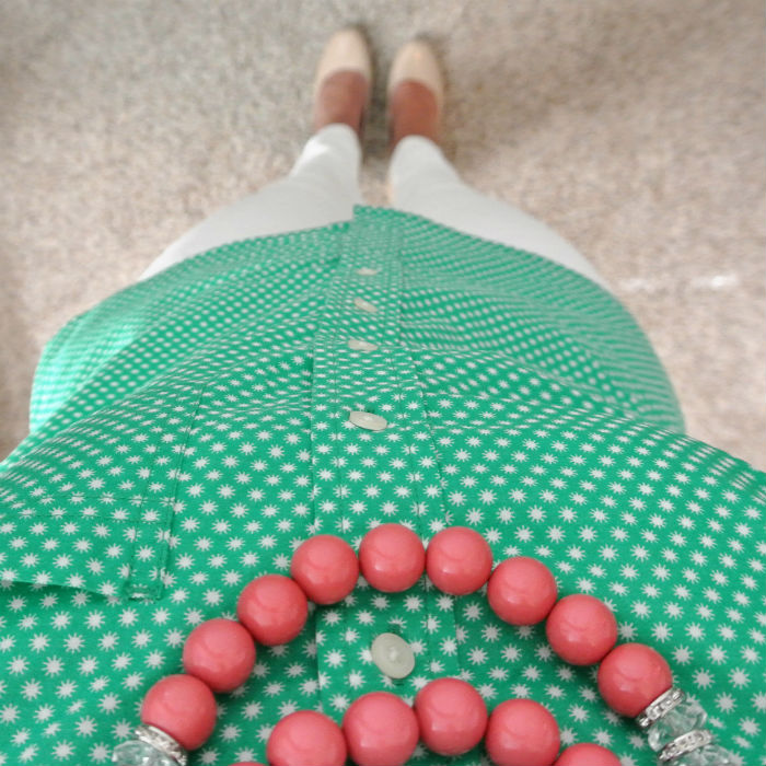 Outfit: green + touch of pink