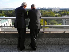 Secretary Kerry Shows Israeli Prime Minister Netanyahu the View From the Terrace