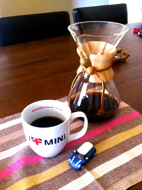 "my fave coffee ""I heart Mini"" mug with Chemex"