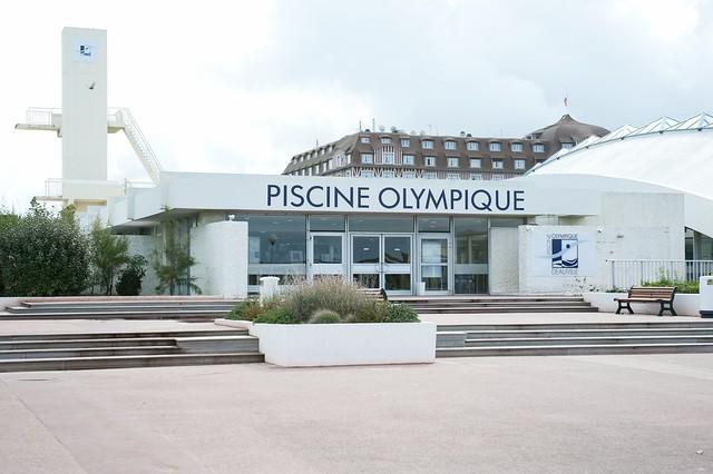 Plongeoirs ht vol d truits ou neutralis s en france a - Piscine olympique deauville ...