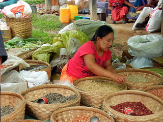Kaungdain Market vendor 1
