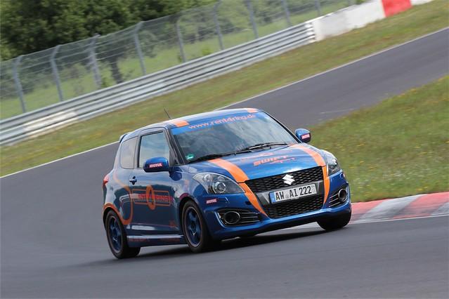 Suzuki Swift Sport Rent4Ring 5