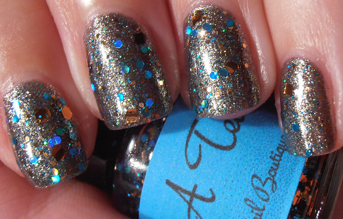 amys nail boutique cop a teal over a-england love is enough (1)