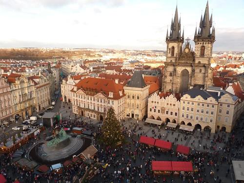 Plaza de la Ciudad Vieja de Praga desde la torre del reloj astronómico