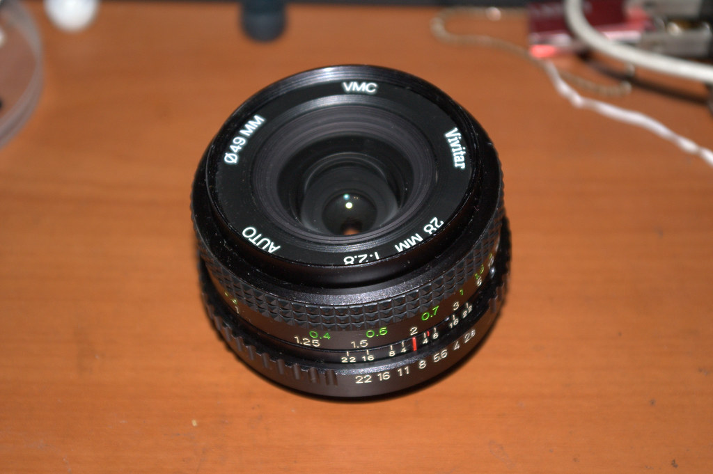 *ist Ds + Vivitar VMC 28mm F2.8 (兩張6百萬照片)
