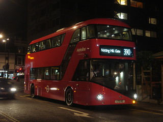 Metroline LT113 on Route 390, Notting Hill Gate