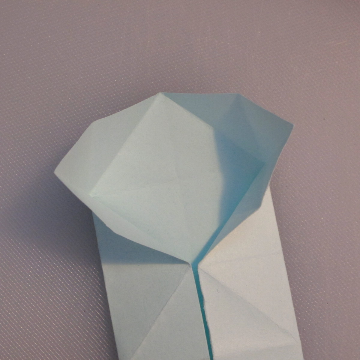 วิธีพับกระดาษเป็นรูปผีเสื้อ 009