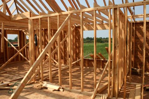House building and commercial construction grew slightly in March