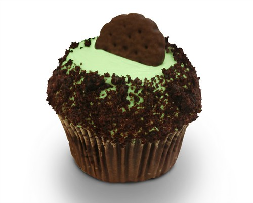 Crumbs thin-mint-cupcake girl-scouts