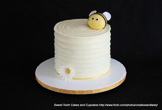 Bumble Bee Cake Pops Bakerella