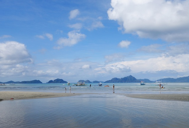 Corong-Corong beach El Nido low tide