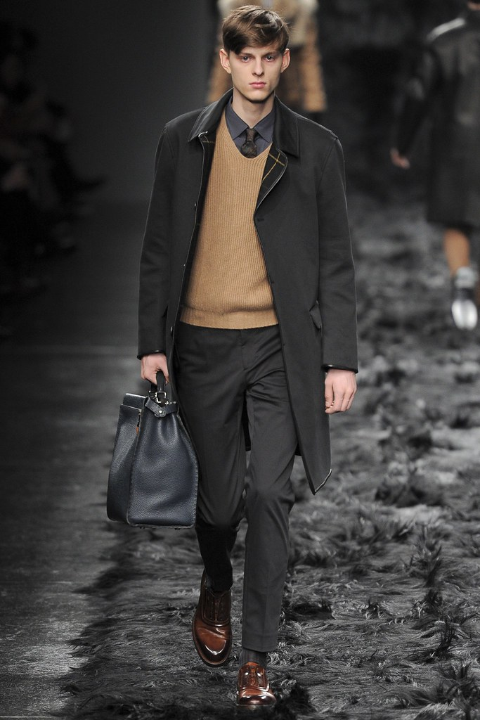 FW14 Milan Fendi017_Elvis Jankus(VOGUE)