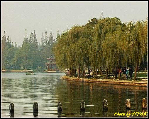 杭州 西湖 (其他景點) - 511 (西湖十景之 柳浪聞鶯 在這裡準備觀看 西湖十景的雷峰夕照 (雷峰塔日落景致)