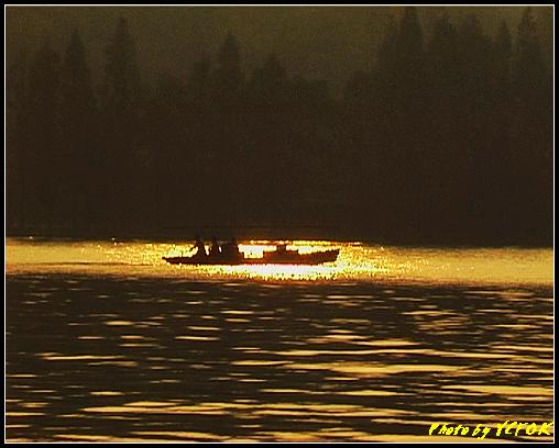 杭州 西湖 (其他景點) - 543 (西湖十景之 柳浪聞鶯 在這裡準備觀看 西湖十景的雷峰夕照 (雷峰塔日落景致)