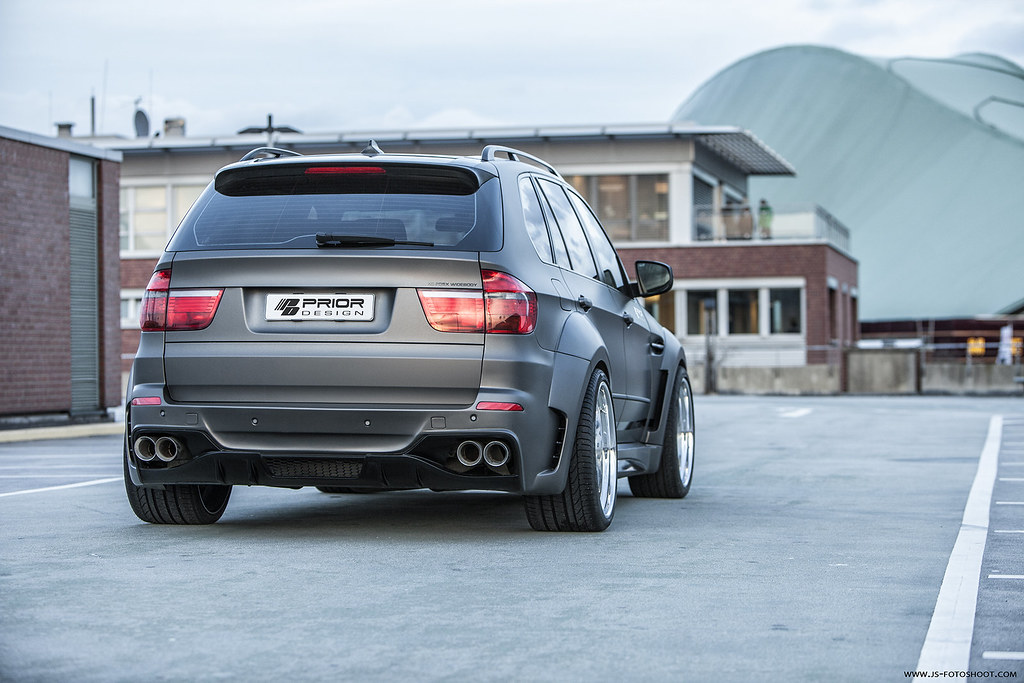bmw e70 x5 full wide body kit front  rear bumper vented
