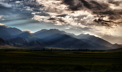 storm mountains clouds skies silkroad centralasia kyrgyzstan stormclouds kirgisistan