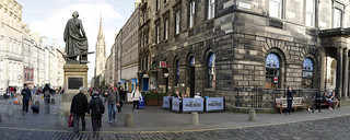 Kuva Adam Smith Statue. scotland street edinburgh highst adamsmith statue october 2016 cafenero