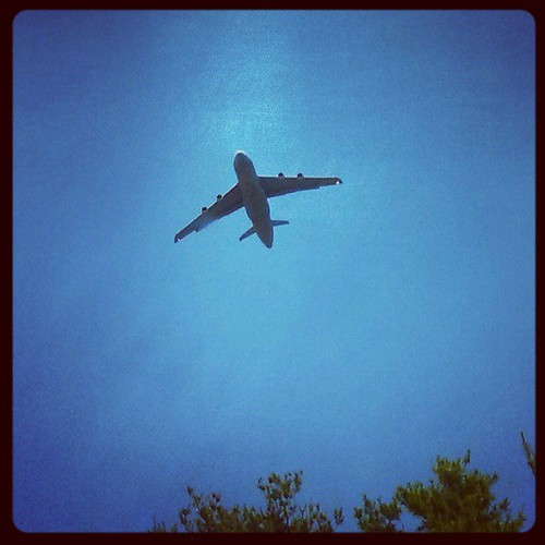 Sightseeing on the way to Maine #Portsmouth #military #plane #bluesky #damnthatbigplaneisflyinglow