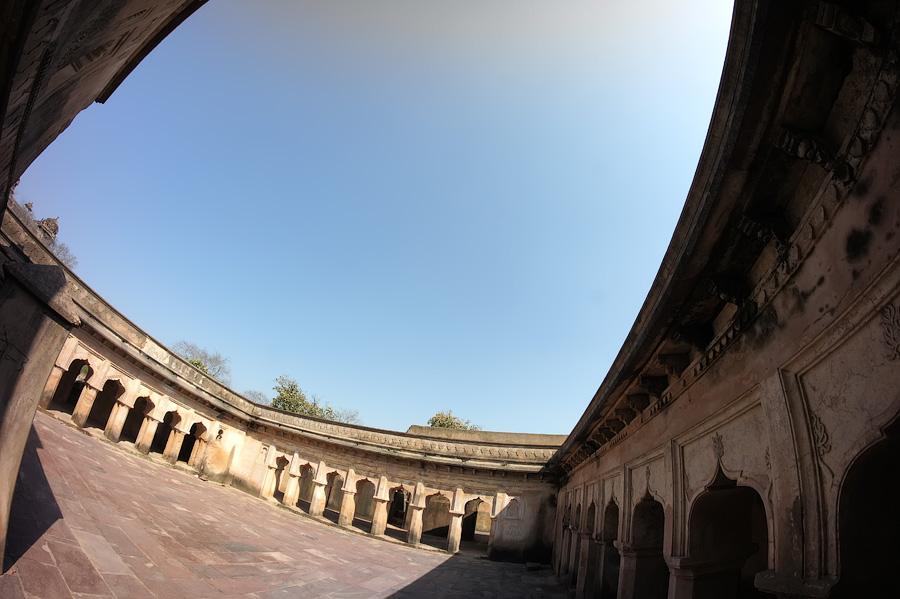 Конюшни дворца © Kartzon Dream - авторские путешествия, авторские туры в Индию, тревел фото, тревел видео, фототуры