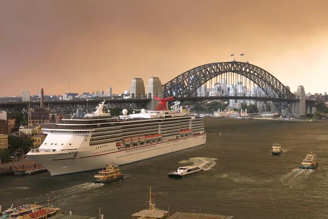 Sydney Harbour - Glowing Bushfire Sky