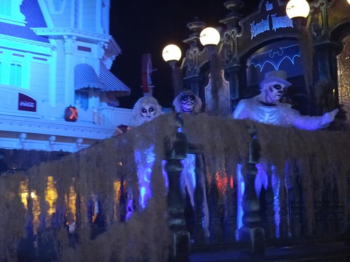 Parade Haunted Mansion ghosts