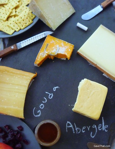 Putting Together A Cheese Platter