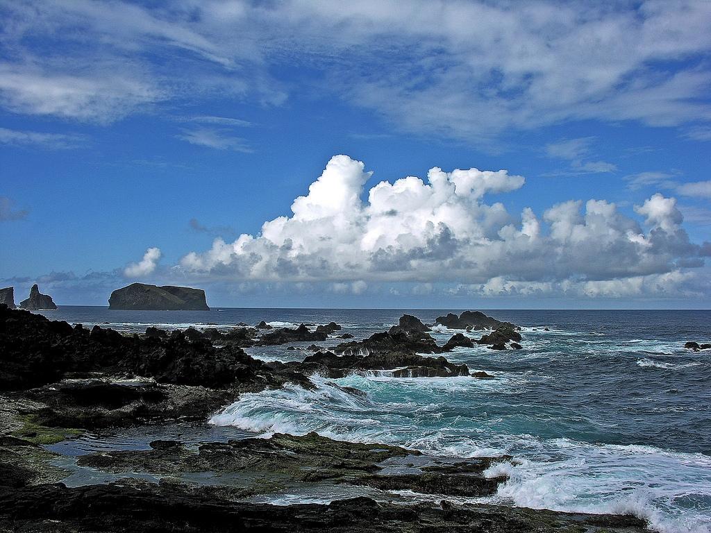2. Paisaje costero en la Isla de São Miguel. Autor, Eduardowallenstein