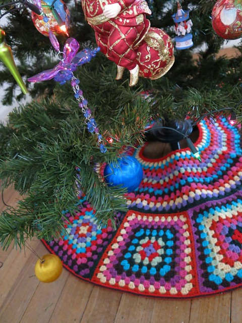 Crochet Xmas Tree Skirt : Crochet Christmas tree skirt Flickr - Photo Sharing!