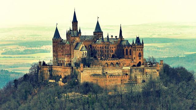 Castillo de Hohenzollern, Jura de Suabia, Alemania.