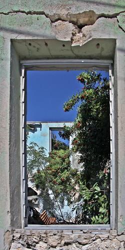house window buildings decay bahamas rocksound digikam eleuthra localcontrastadjustment