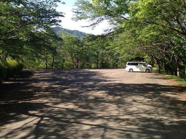 高賀山 登山口前駐車場