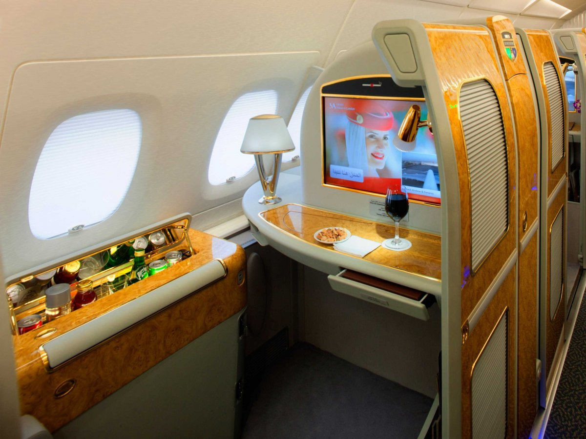 emirates-a380-first-class-private-suite-a-1