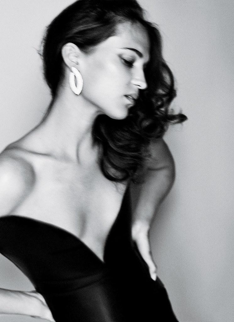 Алисия Викандер — Фотосессия для «Vanity Fair» 2016 – 4