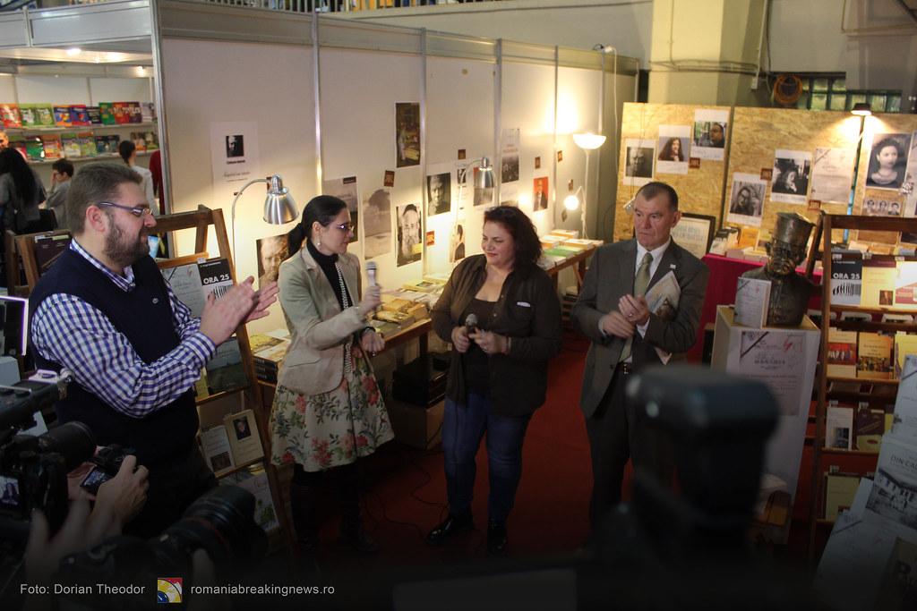 Lansare_de_Carte_FARA_INCHISOARE_AS_FI_FOST_NIMIC_Bucuresti_19-11-2016_romaniabreakingnews-ro (32)