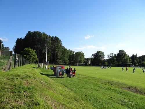 DSC07851 Sportplatz Polleben
