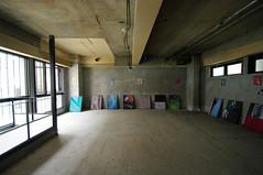 "2013 Group exhibition""KARASAWA Bldg."""
