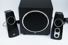 loudspeaker, subwoofer, electronic device, computer speaker, multimedia, sound box,