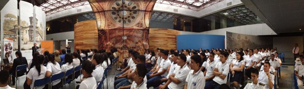 Fotos del colegio enrique gil gilbert