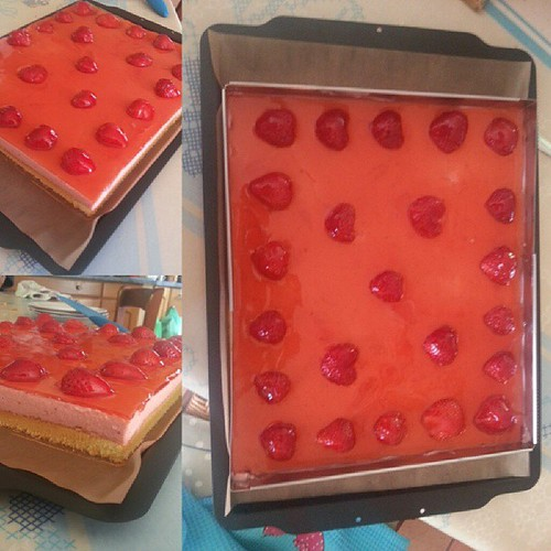 #fiere#proud #gateau #maison #home#cake #bavarois #fraise #genoise #strawberry #rouge #red #miam #fruit #nappage