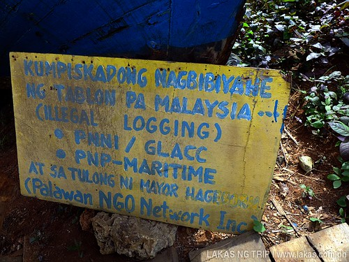 Confiscated boat that delivers illegal logs from Palawan at Environmental Enforcement Musem at Puerto Princesa City, Palawan