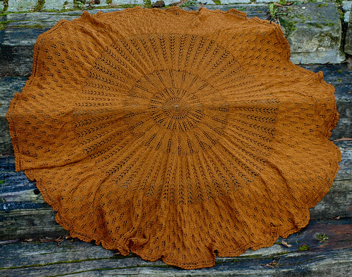 Kentigern shawl (full circle version)