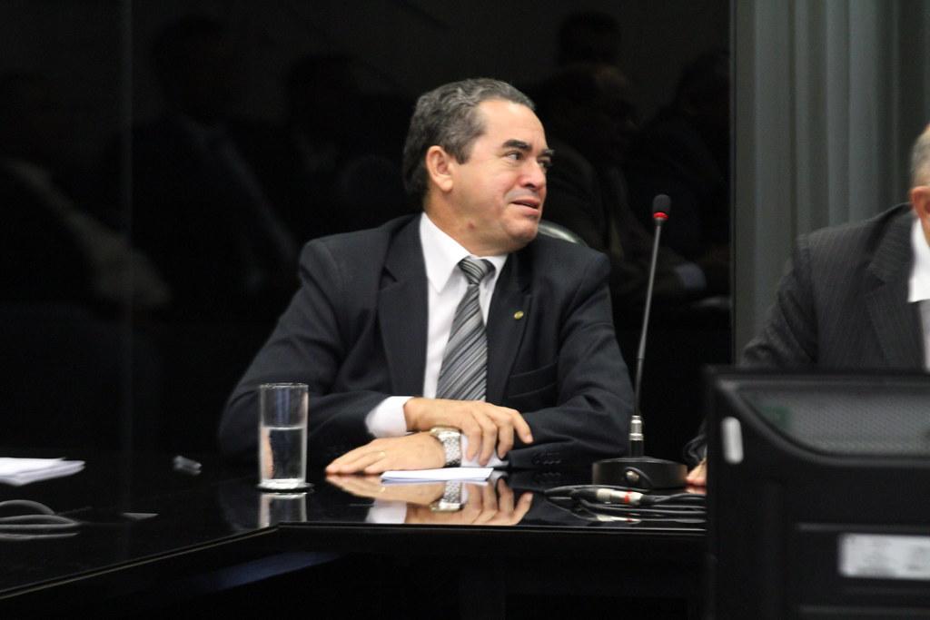 Lira Maia recorre ao TRF1 contra sua condenação a 12 anos de cadeia por corrupção, Deputado Lira Maia leva prefeitos para audiência com o ministro de Minas e Energia - 01/11/2013