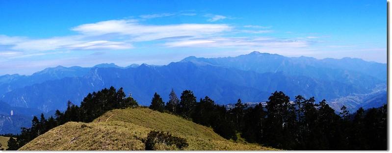 西合歡山北眺雪劍連稜 2