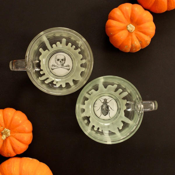 Glow-in-the-Dark Halloween Cider Mugs