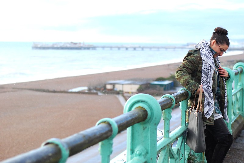 chambray and curls Brighton seafront layered patterns outfit