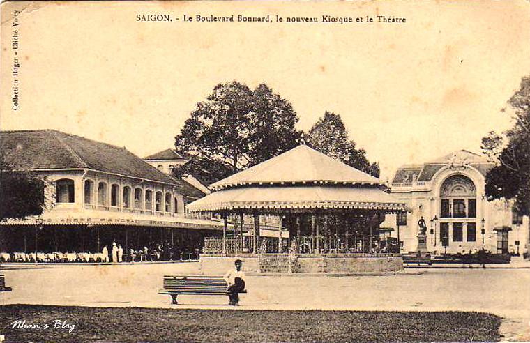 Place Francis Garnier (26)